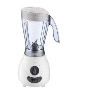 Mit den Standmixer leckere Shakes oder Smoothies machen.