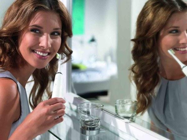 Die Diamond Clean HX 9332 zaubert uns ein lächeln ins Gesicht