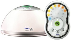 Die Eltern- und Babyeinheit des Tomy Trust Babyphone Digital TD300