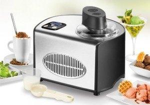 Eiszubereitung der Eismaschine Unold 48816 de Luxe