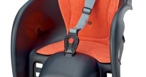 Das Fahren mit einem Kindersitz sollte geübt werden.