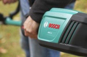 Der Motor der Bosch AMW 10 Antriebseinheit + Heckenschneidervorsatz