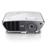 Der BenQ W700 DLP-Projektor im Vergleich