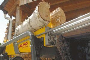 Der AL-KO 112426 KHS 5200 Horizontal-Holzspalter spaltet zuverlässig Holz