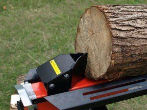 Jeder Holzspalter hat sowohl Vor- als auch Nachteile.