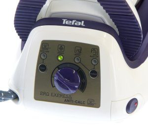 Bedienleiste des Tefal GV 8330 Dampfgenerators Pro Express