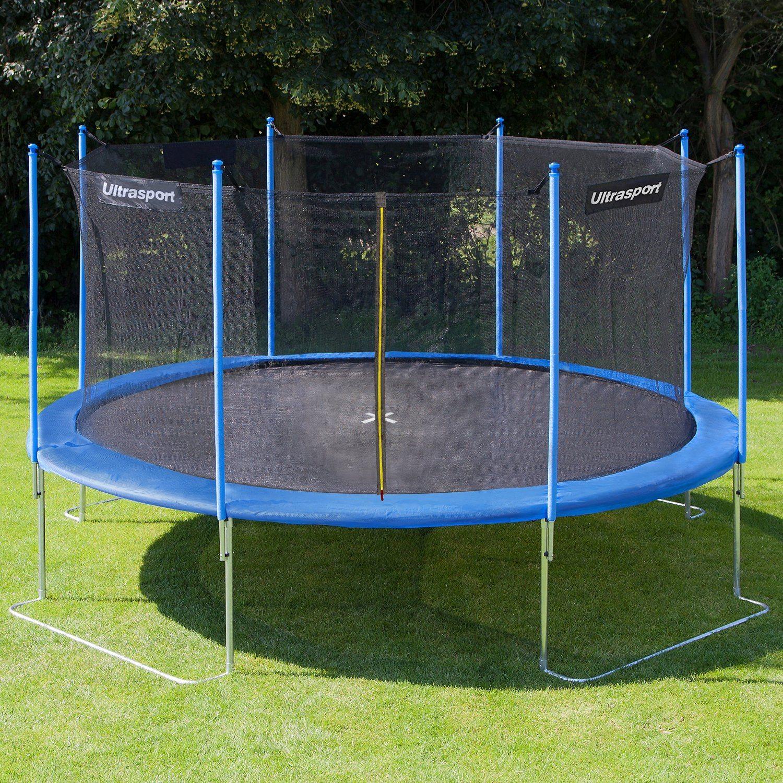 trampolin eingraben leicht gemacht. Black Bedroom Furniture Sets. Home Design Ideas