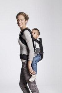 BABYBJÖRN One Beispielfoto Mutter mit Kind