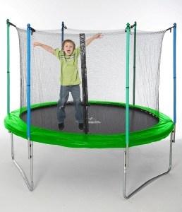trampolin eingraben leicht gemacht expertentesten. Black Bedroom Furniture Sets. Home Design Ideas