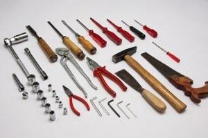 Werkzeug für Montage eines Durchlauferhitzers