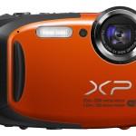 Fujifilm_FinePix_XP70_Kompaktkamera_vorne_groß