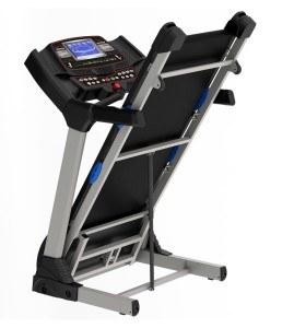Das Laufband Speedrunner 6000 läßt sich komfortabel zusammen klappen.