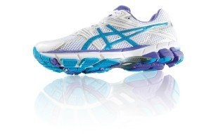 Die Wahl der richtigen Laufschuhe, sind auch auf dem Laufband wichtig.