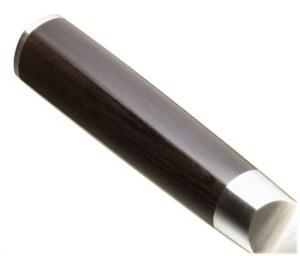 Der Griff des Kai Europe DM-0707 Kochmesser Shun ist aus laminierten Pakka-Holz.