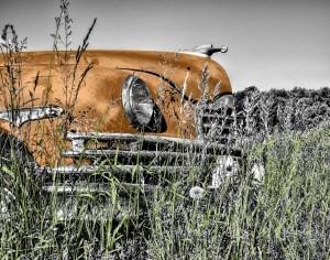 Altes Auto Gelb