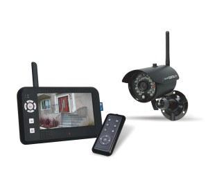 Elro digitale Funk-Überwachungskamera CS95DVR Hauptbild mit Fernbedienung und externem Bildschirm