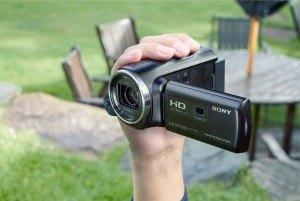 Der Sony HDR-PJ410 Camcorder ist ein gutes Einsteigergerät.