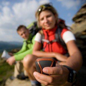 Garmin Dakota 20 GPS-Handgerät mit 2,6'' Touch-Farbdisplay, barometrischem Höhenmesser und 850MB Speicher