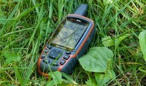 Garmin GPSMAP 64s Navigationshandgerät mit 2,6''-Farbdisplay, barometrischem Höhenmesser und Live Tracking
