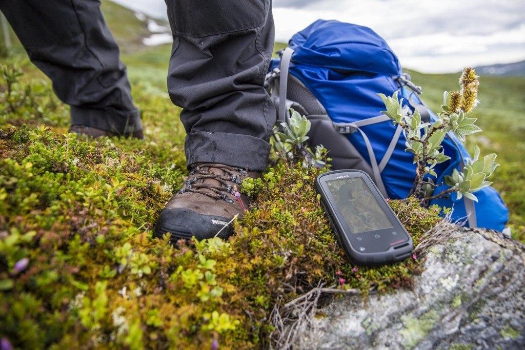 Garmin Oregon 600 GPS Geraet Mit Robustem 7 6 Cm 3 Touchscreen GPS GLONASS Und Bluetooth Kompatibilitaet Einzatz