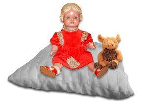 Kissen mit Puppen