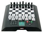 Schachcomputer der Marke Millennium