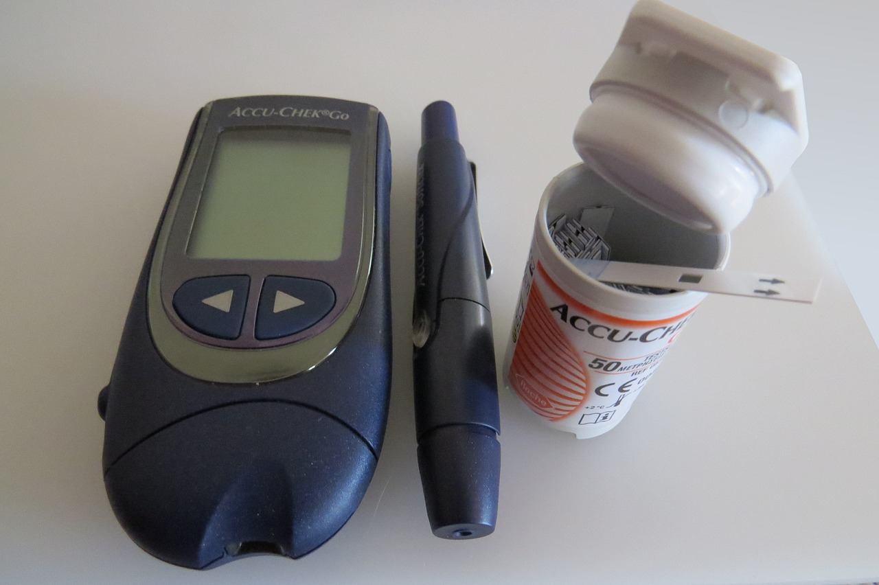Worauf muss ich beim Kauf eines Blutzuckermessgeräts achten?