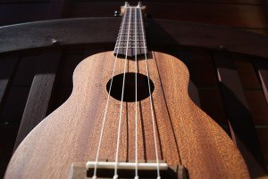 ukulele-liegend