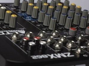 ALTO - ZMX862 Kompakter 6-Kanal Mixer