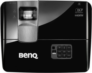 BenQ TH681 Full HD 3D DLP-Projektor (144Hz Triple Flash, 1920x1080 Pixel, Kontrast 13.000:1, 3000 ANSI Lumen, HDMI, 1,3x Zoom) schwarz