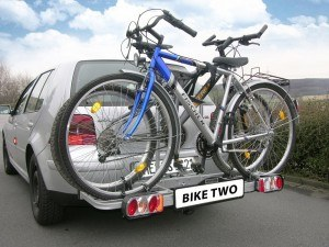 So haben wir die Heck-Fahrradträger getestet