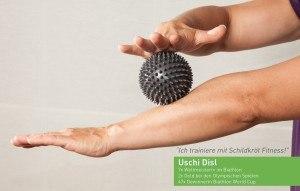 Uschi-Disl-Massageball-Armmassage