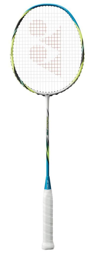 Internet vs. Fachhandel: wo kaufe ich meinen Badmintonschläger am Besten?