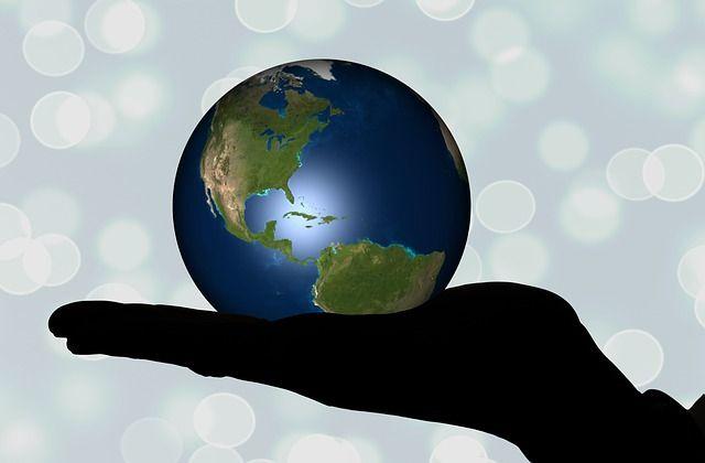 Globus-Style-Hand