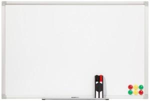AmazonBasics Magnetisches Whiteboard mit Stiftablage und Aluminiumleisten, trocken abwischbar, 900 x 600 mm (B x H)