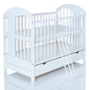 Das Kinderbett Lasse hat 3 herausnehmbare Sprossen.