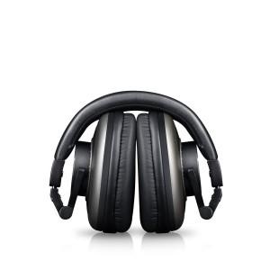 Der Teufel Massive B00U8UE03U Kopfhörer lässt sich praktisch zusammen klappen.