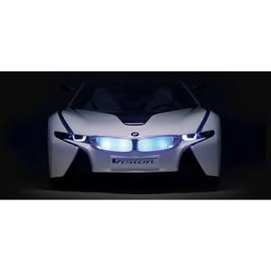 Sobald der BMW i8 Vision Concept Car in Bewegung ist leuchten die LEDs.