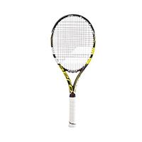 Ein optimales Gewicht in Verbindung mit höherer Rahmenhärte machen das Racket für eine Vielzahl von Spielern zur idealen Waffe.