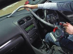 Black + Decker PD1200AV Auto-Sauger Dustbuster Flexi (inkl. Bürstenaufsatz, extra langer Fugendüse, flexiblem Saugschlauch, Aufbewahrungsnetz) [Energieklasse a_plus_plus]