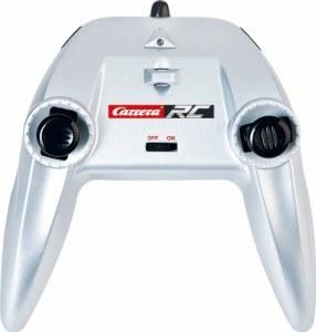Die Fernbedienung des Carrera RC 370162009 ist leicht zu bedienen.