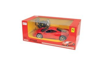 Der Jamara 404305 - RC Ferrari 458 Italia ist robust verpackt.