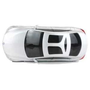 Der Mercedes Benz F800 Concept Car ist ein wunderschönes Auto.