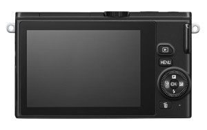 Der Bildschirm der Nikon 1 J4 Systemkamera ist ausreichend groß.