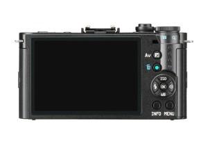 Der Bildschirm der Pentax Q-S1 Systemkamera ist ausreichend groß.