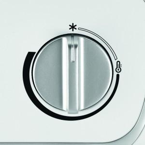 Der Rowenta SO6510 Instant Comfort Aqua Heizlüfter lässt sich praktisch bedienen.