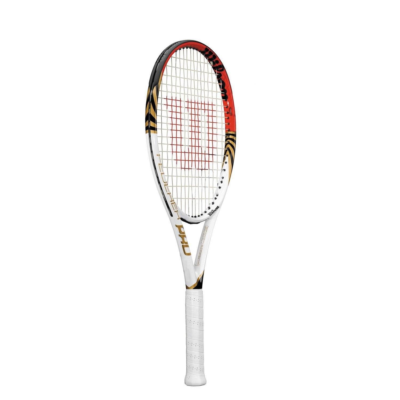 Wilson FEDERER PRO. Ein Leichtgewicht-Modell, inspiriert von Roger Federers Turnierracket; erweiterte Kopfgröße mit erhöhtem Sweet Spot für kraftvollere Schläge; perforierter Griff reduziert Feuchtigkeit und bietet Komfort.
