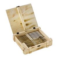 Das 12-tlg. Set beinhaltet 6 hochwertige ZWILLING Steakmesser und 6 ZWILLING Steakgabeln. Aus 18/10 Edelstahl gefertigt, sind sie rostfrei und für die Reinigung in der Spülmaschine bestens geeignet.