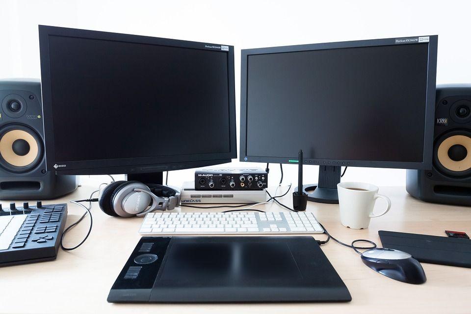 4k monitor test 2018 die 10 besten 4k monitore im vergleich. Black Bedroom Furniture Sets. Home Design Ideas