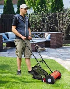 Einhell Hand Rasenmäher GC-HM 30 (30 cm Schnittbreite, max. 42 mm Schnitthöhe, 16 l Fangkorb, empfohlen bis 150 m²)